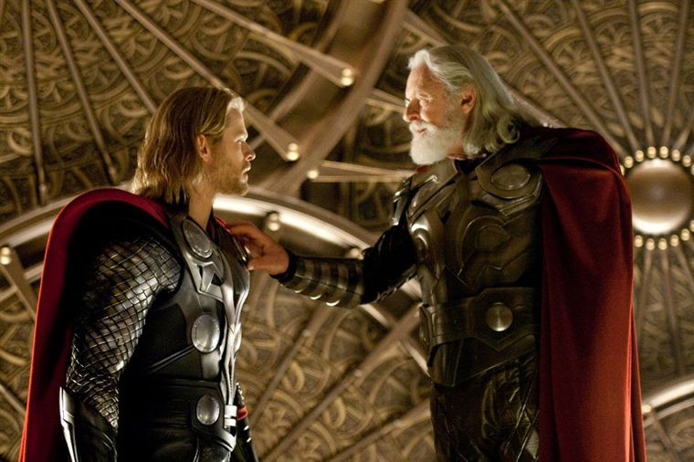 Kenneth Branagh Thor Filmkritik Rezension Kritik